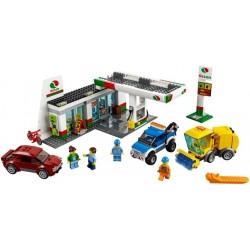 LEGO City - Posto de Gasolina (515 pcs.) 2017