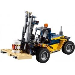 LEGO Technic - Empilhador para Trabalho Pesado (592pcs) 2018