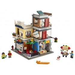 LEGO Creator - Casa da Cidade com Loja de Animais e Café