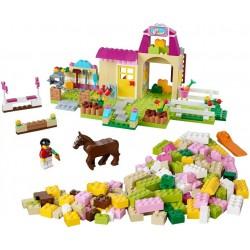 LEGO Juniors - Quinta de Póneis (306 pcs.) 2015